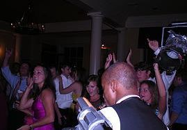 Tmx 1523612867 6d6941d96c632b54 1523612867 A6a639ca24912345 1523612866262 2 1900band2 Memphis wedding band
