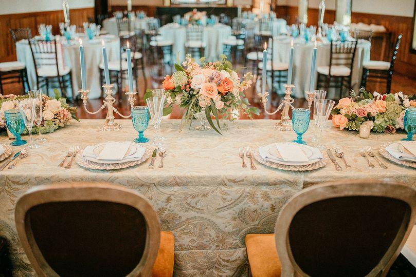 Sweetheart table set-up