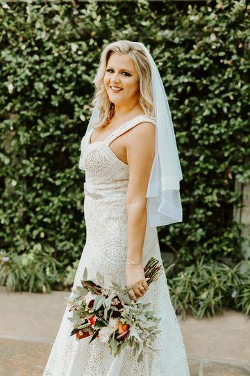 Bride @ Greenery Wall @ analis