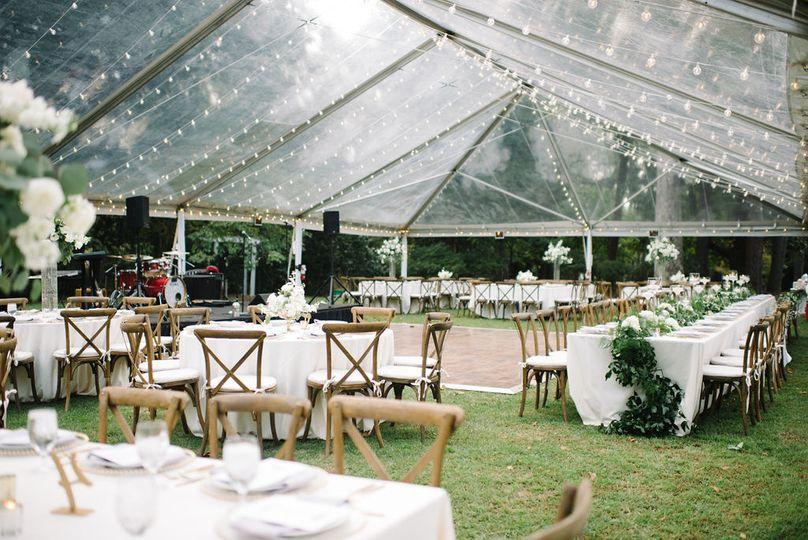 Tent reception | Photo: Britt Croft Photography