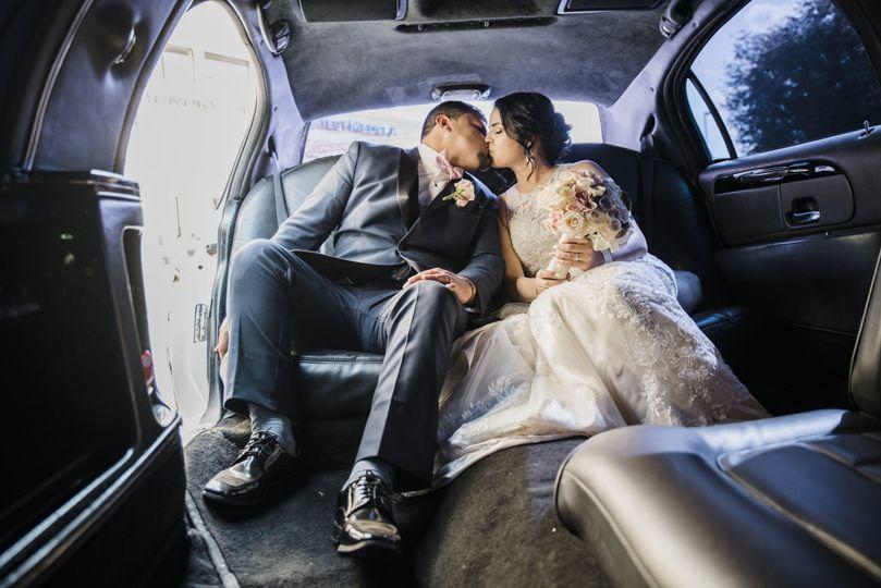 aae3b9537c80a4e8 1526143304 d2cf86cb7d3fd104 1526143299737 6 J L Wedding Images