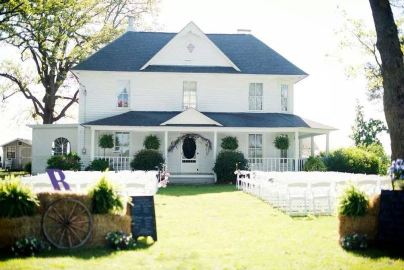 Wedding at the lawn