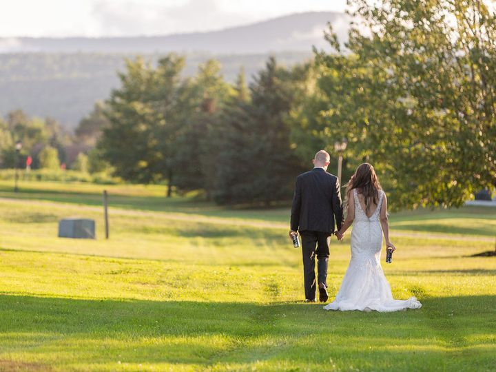 Tmx Couple In Events Field 3 51 187894 Stowe, VT wedding venue