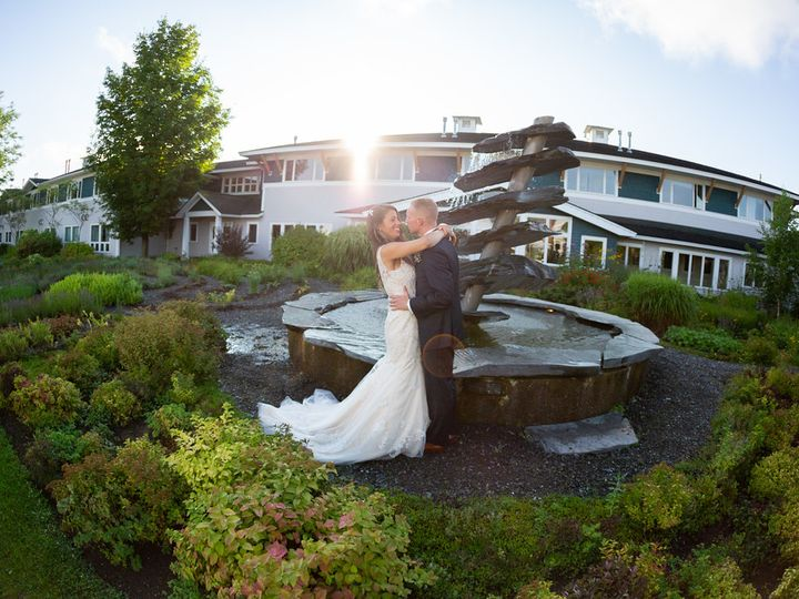 Tmx Couple Infront Of Fountain 51 187894 Stowe, VT wedding venue