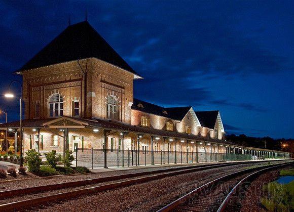 Bristol Train Station at night