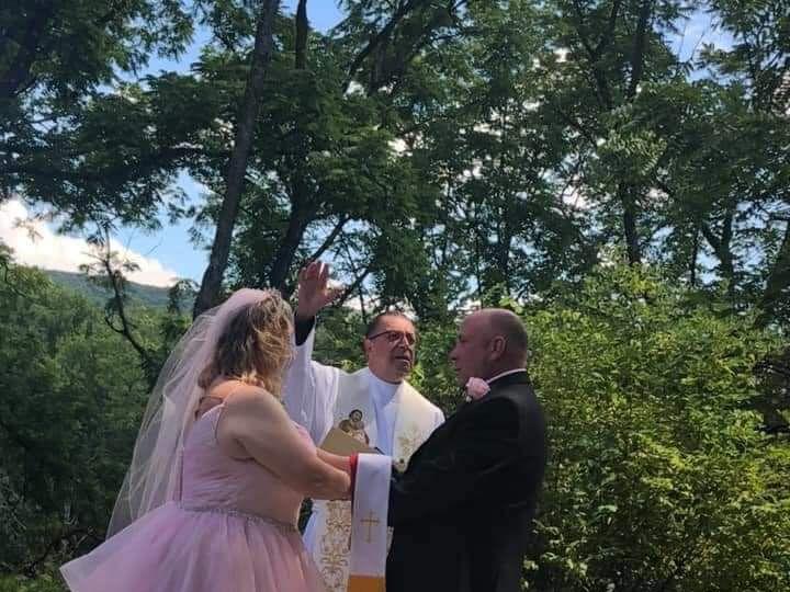 Tmx Dawn Family Wedding 51 779894 159680563014932 Cliffside Park wedding officiant