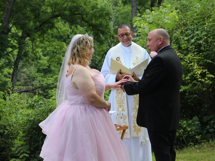 Tmx Dawnmarie Wedding 51 779894 159680564328309 Cliffside Park wedding officiant