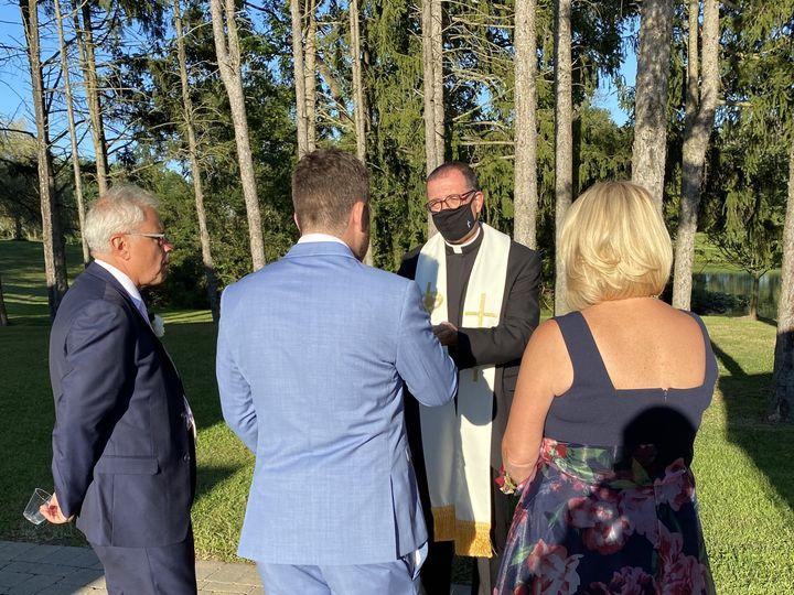 Tmx Img 2826 51 779894 160069308444320 Cliffside Park wedding officiant