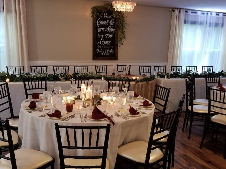 Tmx Head Table 51 82994 Lancaster, OH wedding venue