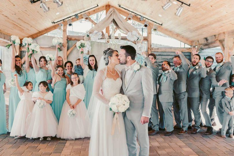 wedding12 51 1015994 1564160413