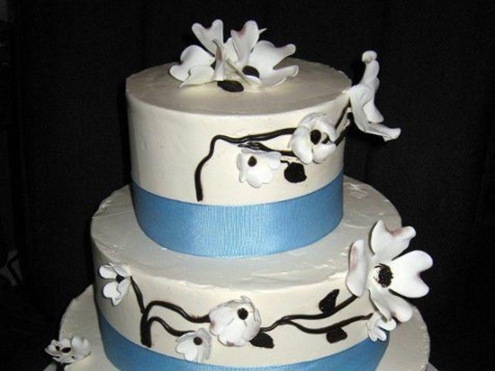 Tmx 1240968237431 Dogwoodcake1 Glenmoore wedding cake