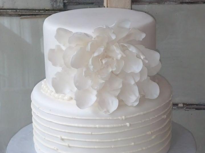 Tmx 1383045238957 Sugar Magnoli Glenmoore wedding cake