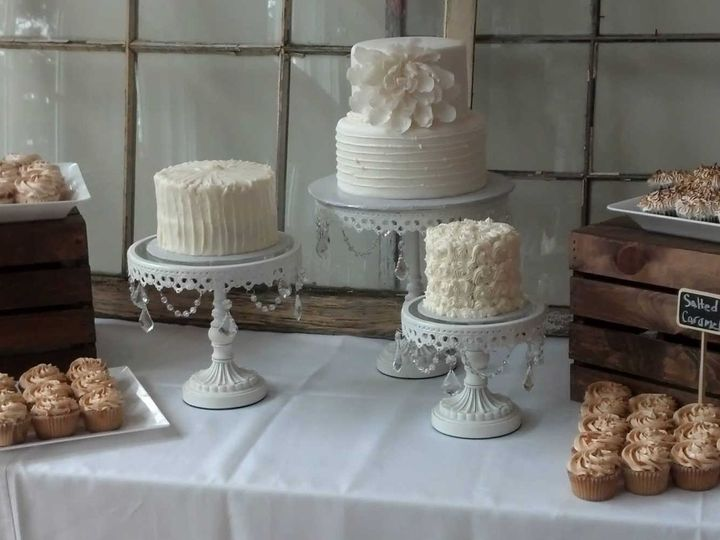 Tmx 1443115358524 Small Rustic Wedding Glenmoore wedding cake
