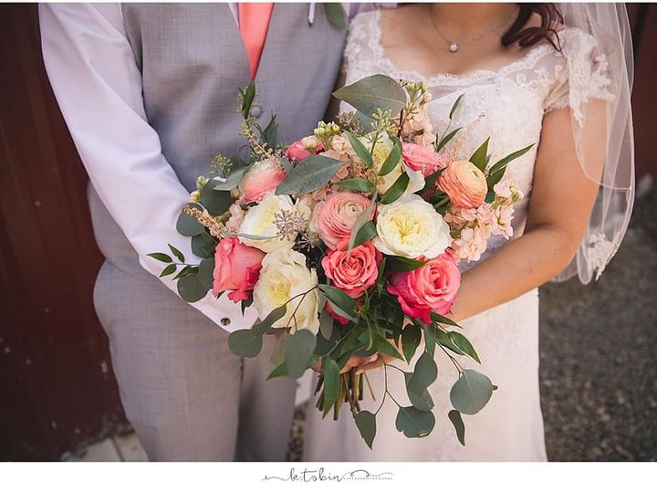 Tmx 68946797 2445529988857950 804127704419926016 N 51 976994 1566455321 Portland, OR wedding florist