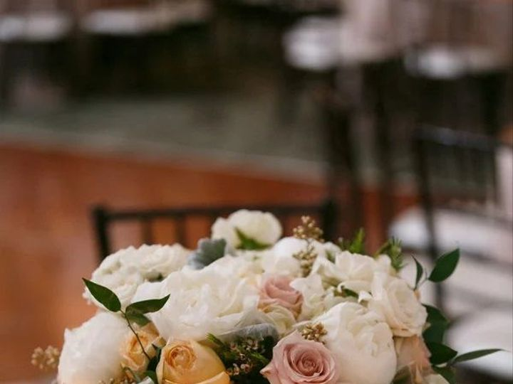 Tmx 1518206324 66611463f224d61e 1518206323 16356afb288b5291 1518206311445 4 Centerpiece2 Atlanta, GA wedding florist