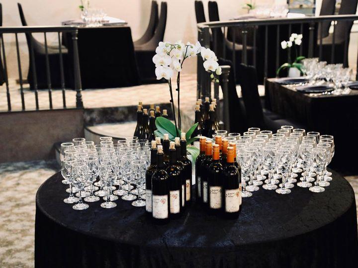 Tmx Diningphoto5 51 1931005 158382151880725 Roseburg, OR wedding catering