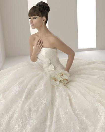 "Sheer's ""Amorita"" wedding dress"