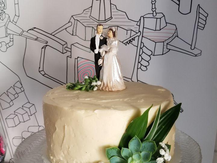 Tmx 1509508048983 Img20171021172313201 Madison, Wisconsin wedding cake
