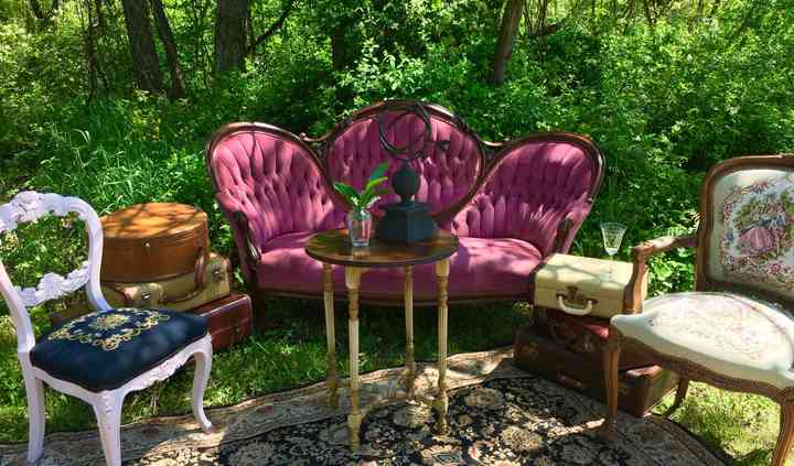 Razzberry Vintage Rentals