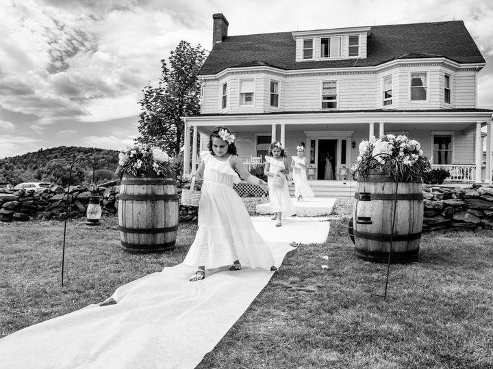 Tmx 1536936573 5e9166a29b2d581a 1536936566 1e2576b16387ed94 1536936561272 34 Guy 1774 Copy Saratoga Springs, NY wedding photography