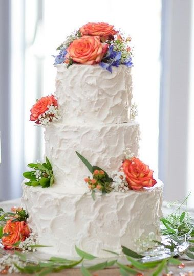 8c31341ff65c7ad8 Wedding Cake Rachel and Tom Gales Ferry 2