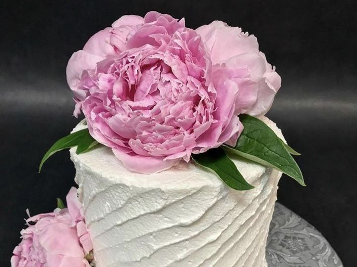 Tmx 1534261876 26374642367874a5 1534261875 452d60fba68a1e9b 1534261873387 6 Small Peonie Cake Glastonbury, CT wedding cake