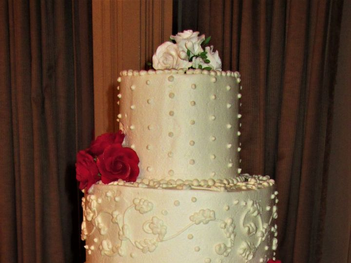 Tmx 1534262792 93380489816f178b 1534262791 06bbfc8e80229069 1534262778856 13 Wedding Cake Mult Glastonbury, CT wedding cake