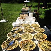 Tmx 1534265409 7277412b2927dc6e 1534265409 4227678c19e0bc40 1534265409788 16 Wedding Buffet 3 Glastonbury, CT wedding cake
