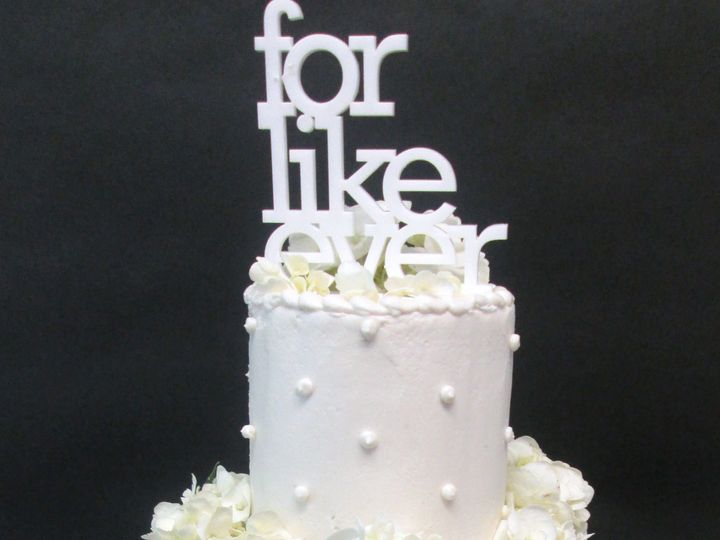 Tmx 1534447166 A32cfbee340e21fa 1534447163 99c880e16ead7e54 1534447146148 5 Wedding Cake For L Glastonbury, CT wedding cake