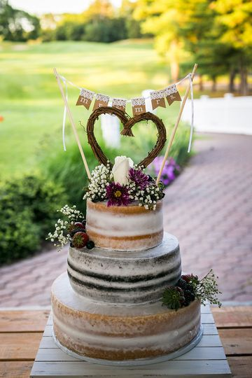 Wedding Cake Outdoor Patio