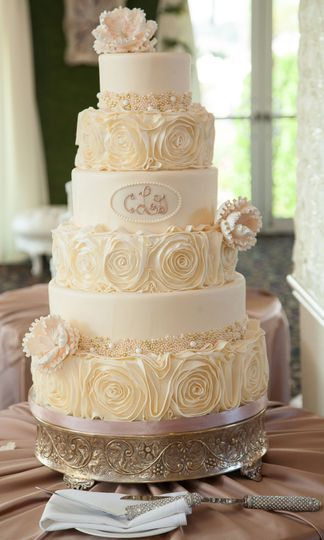 Wedding cake with white rose decors