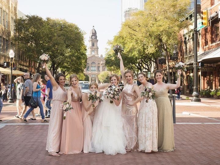 Tmx 1526690300 79ab2a5e175d9066 1526690298 08e18cd06759b25e 1526690281329 4 33 McKinney, TX wedding planner