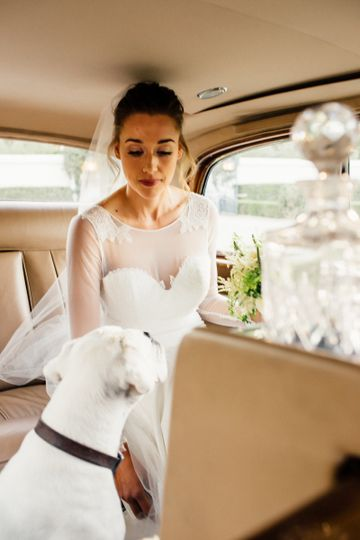 Bridal photo with her pet