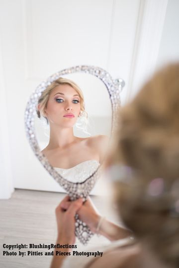 Bride on the mirror