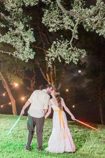 Star Wars wedding to the max!