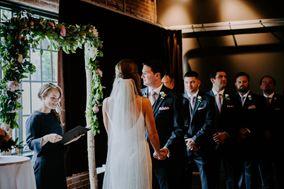Rev. Kori Robins, Wedding Celebrant/Officiant