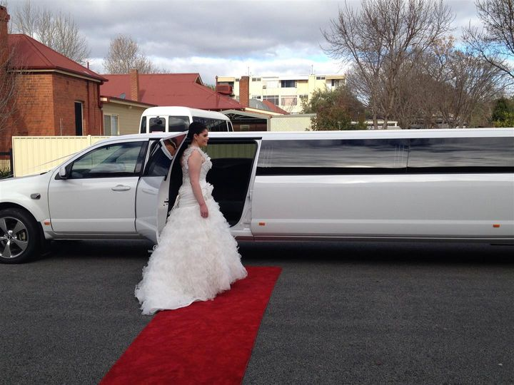 Tmx Bride On Red Carpet Wedding 51 1067105 1558462474 Orlando, FL wedding transportation