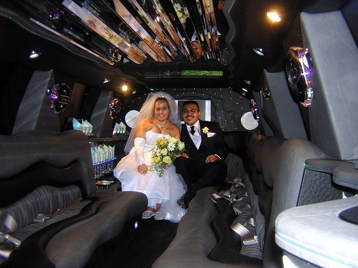 Tmx Wedding Limousine Www Uberluxurytransportation Com 51 1067105 1558361603 Orlando, FL wedding transportation
