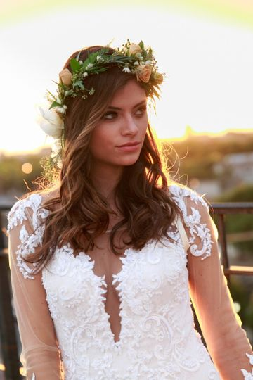 Wedding look with flower crown