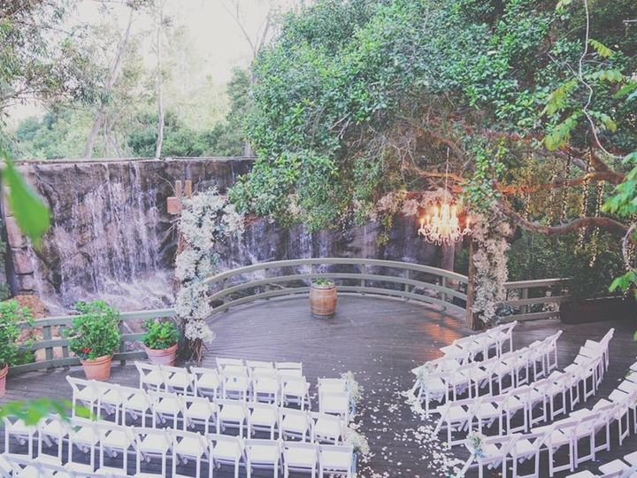 Tmx 32467318 1942920405740629 2839361836678119424 N 51 48105 159107492470831 Santa Monica, CA wedding florist