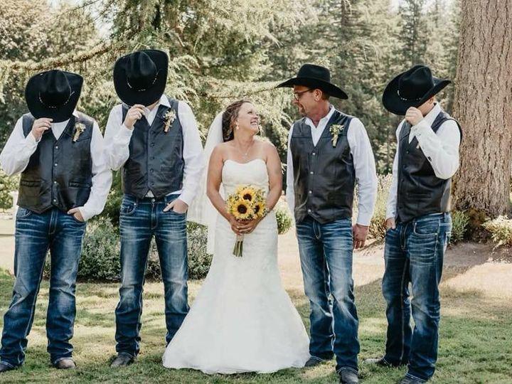 Tmx 39162675 1022748804565148 2909459521174765568 N 51 1029105 Everett, Washington wedding florist