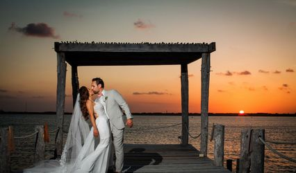 Mike Cantarell Films & Cancun Wedding Video