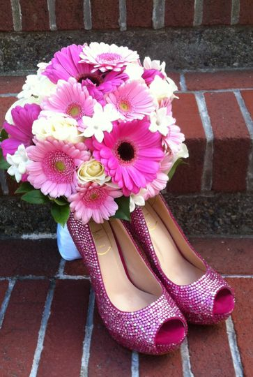Matching bouquet and shoes