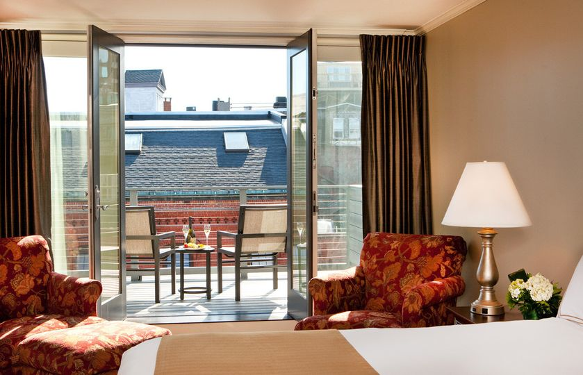 Our top floor balcony suites give your guests sweeping views of the Portland skyline!