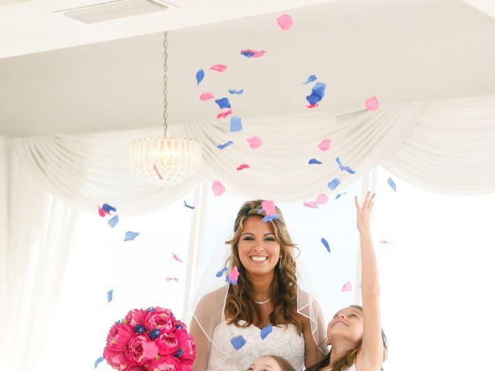 Tmx Sic389 51 52205 1559184092 Lutz, FL wedding photography