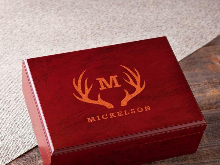 Tmx Humidor Cedar Lined Antlers 51 1635205 1573154998 Cincinnati, OH wedding favor