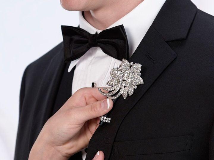 Tmx Rhinestone Boutonniere 51 1635205 1573155818 Cincinnati, OH wedding favor