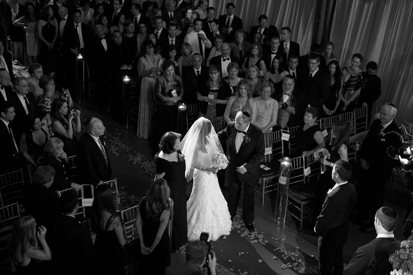 Wedding ceremony in black and white - Argyle