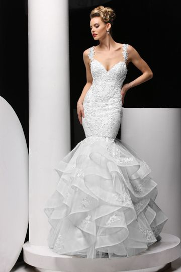 Mermaid tail ruffled wedding dress