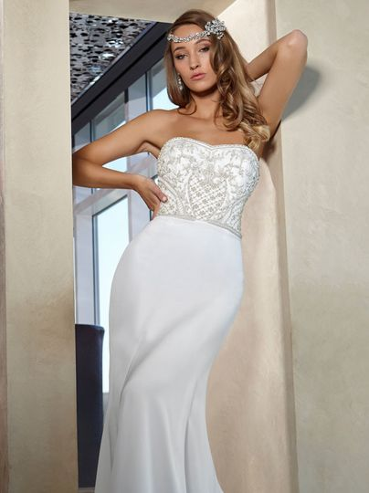 Bridal gown and headpiece